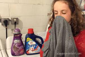 top 10 best smelling laundry detergent in 2016. Black Bedroom Furniture Sets. Home Design Ideas
