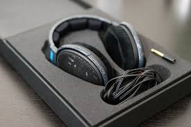 sennheiser headphones for under 300 dollars